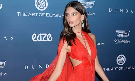 Emily Ratajkowski Narrowly Avoids Wardrobe Malfunction Going Bral …