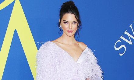 KylieVs Kendall Jenner: Who Rocked A 'Flamingo'-StyleFeathered …