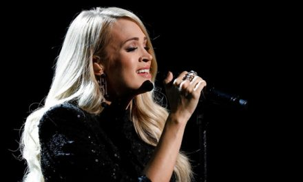 Carrie Underwood Shows Off Toned Legs In Sparkling Black Mini Dre …