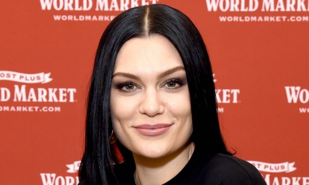 Jessie J Proudly Shows Off Cellulite in Body-PositiveBikini Pic