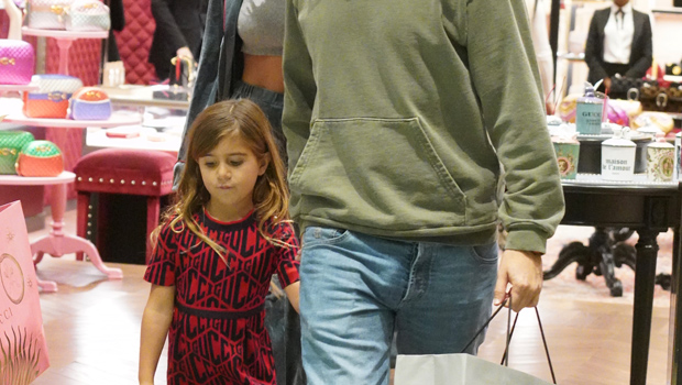Penelope Disick, 6, Rocks Pink Cowboy Boots In Cute Pic & &Dad …