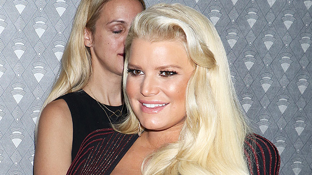 Jessica Simpson Shares 1st Photo Of Baby Birdie's Face While Cele …