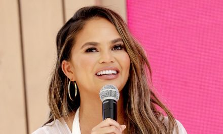 Chrissy Teigen Says She 'Never Can Win' When It Comes to Body-Sha …